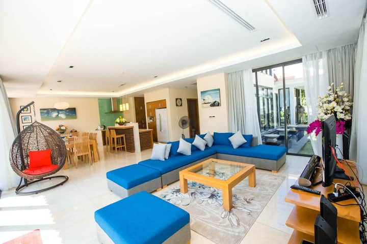 Best price for 4BR villa, close to the beach