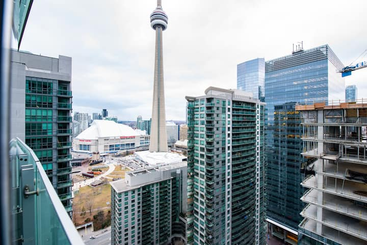 Waterfront/Ent. District Condo-MTCC, CN Tower View