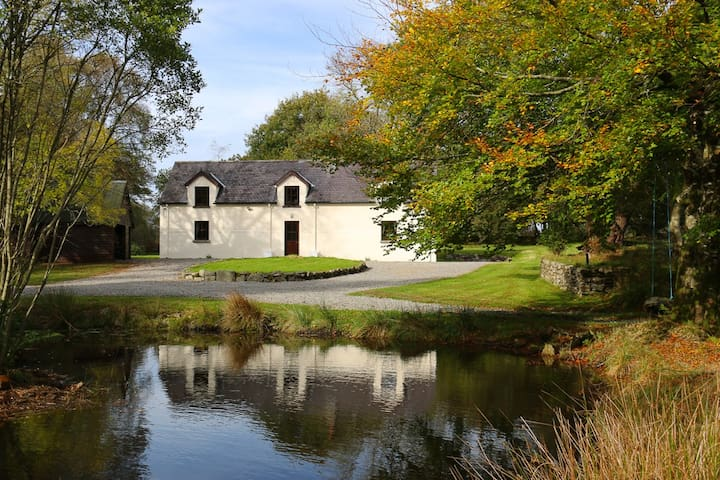 Secluded Lodge on 30 Acres Near Glendalough