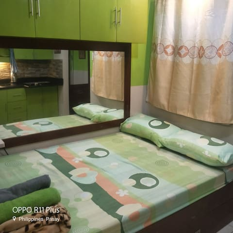 STUDIO unit One Metropolitan Place condo pasay