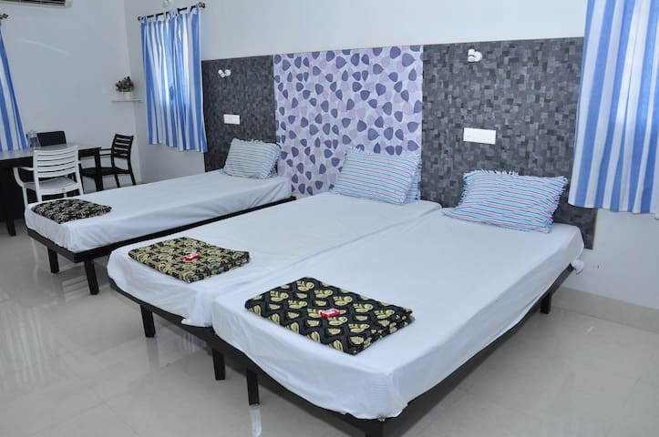 """Quiet Home"" A3- Studio Apartment Pondicherry"