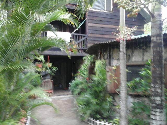 Casa madera a 100 metros playa - Montañita - Casa