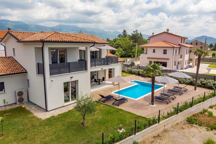 Vila Mia with Swimming pool