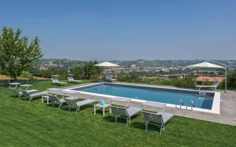 Villa Zilio in Monferrato Hills - Canelli - Casa de camp