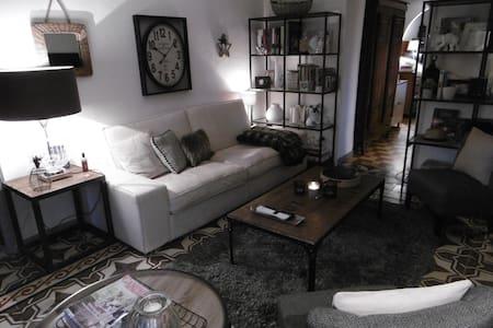 MAISON D'HOTES PRIVATISEE POUR LES FETES - Vaumeilh - Rumah