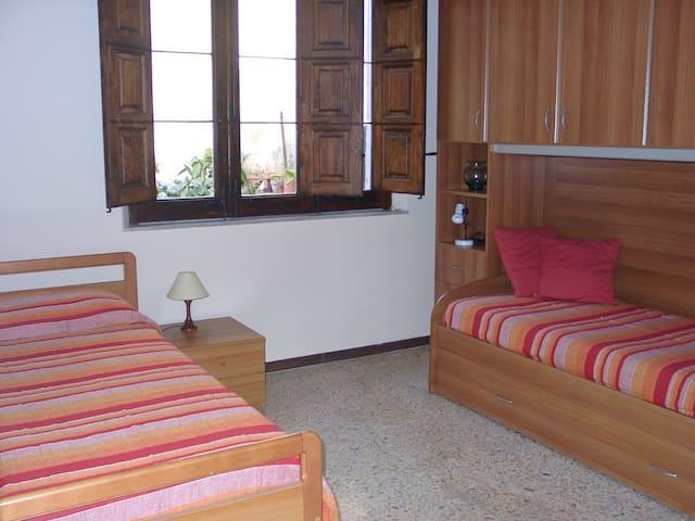 casa vacanze fra Etna e Taormina - Giarre