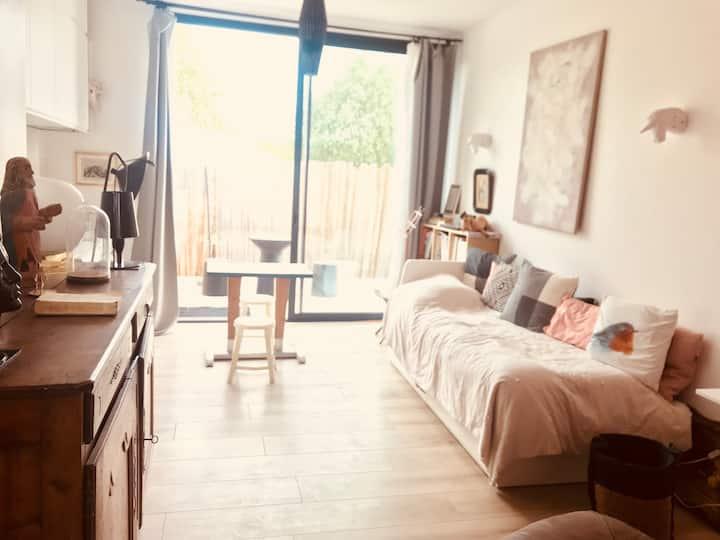 50 m2 avec terrasse dans propriété équestre
