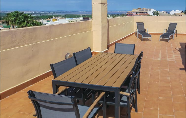Holiday apartment with 2 bedrooms on 62 m² EBL974