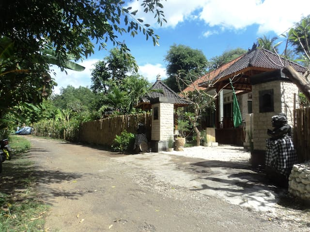 Villa Green House , Nusa Penida - Nusapenida - Bed & Breakfast