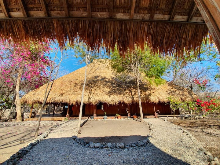 Londalima, enjoy the beauty n tranquility of Sumba