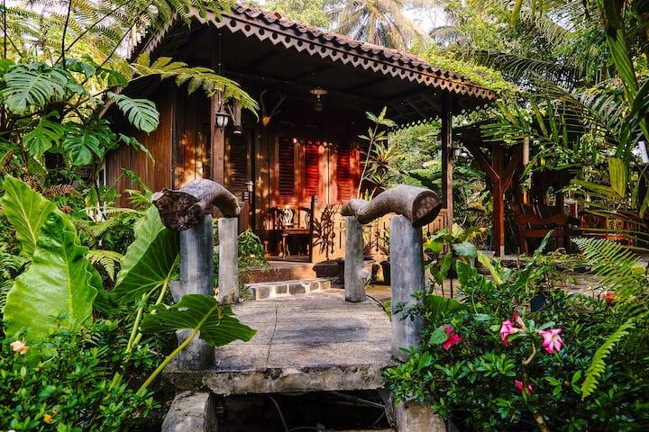 Kampung Labasan Melayu Bungalow