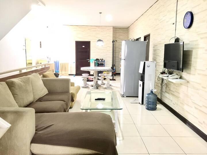 Lippo Karawaci UPH Wisma Andreas Private Room