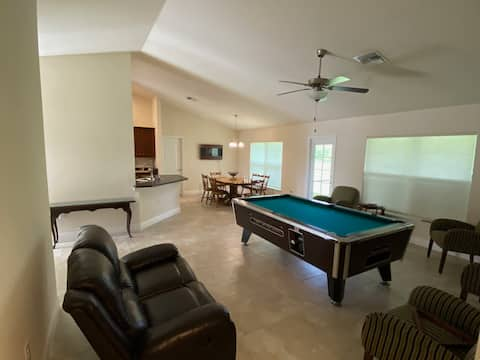 pool table swim spa large and clean new house