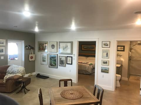The Gallery Suite