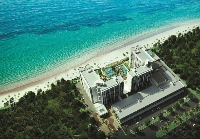 D'Rizqi Suite @ TimurBay Seafront Residence