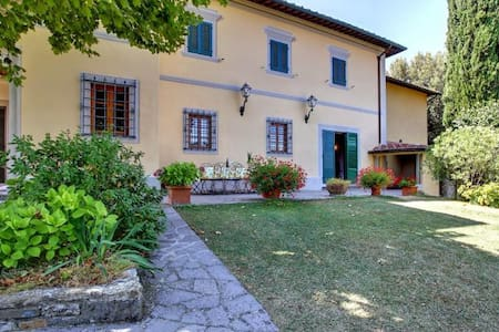 Panoramic country villa with private pool - Ponte Agli Stolli - Villa