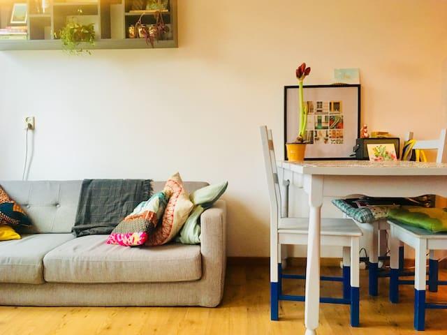 Cosy studio, with balcony