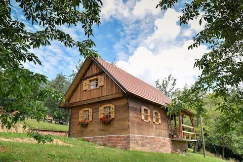 Rumah percutian luar bandar rumah madu Grebengrad