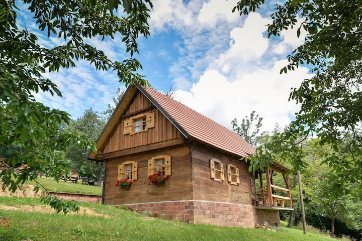 Ruralna kuća za odmor Grebengradska medna hiža