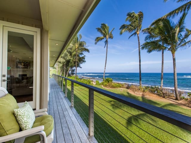 Beachfront Luxury Dream House with A/C and Gym! - King Hale
