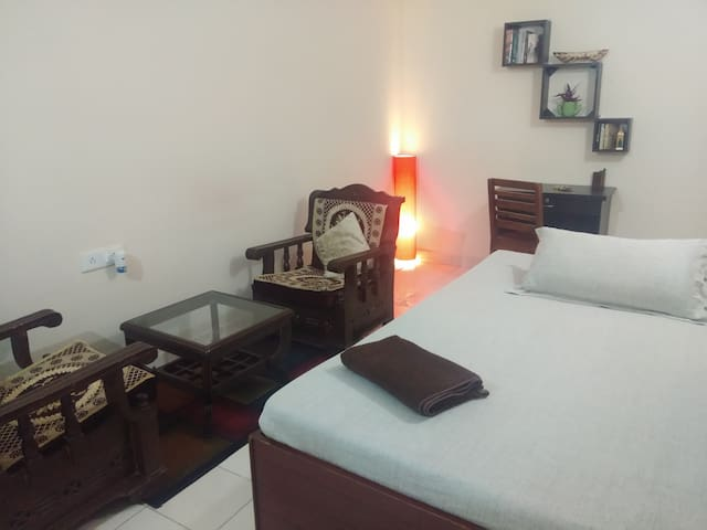 Ayn: Private comfy room | North Delhi