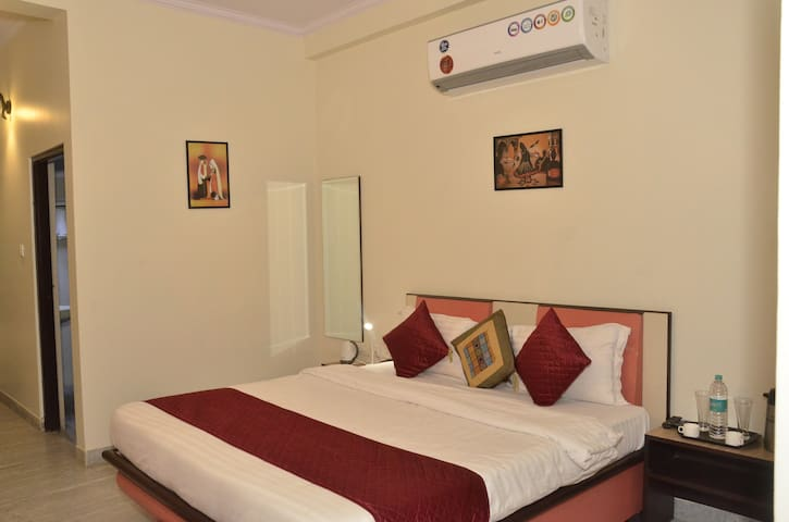 Suite Room #6 min Amer Fort # Superb Fort Views