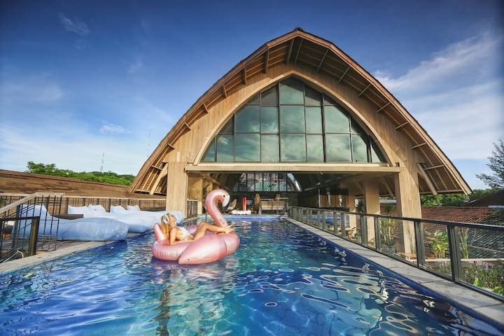 Stylish & Eco friendly beachfront resort at Gili T