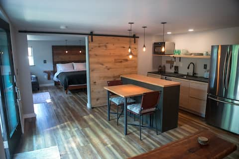 Goose Point Getaway (a boutique AirBnB experience)