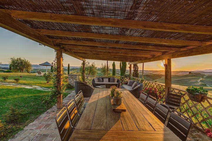 San Gimignano Val d Orcia Villa with pool
