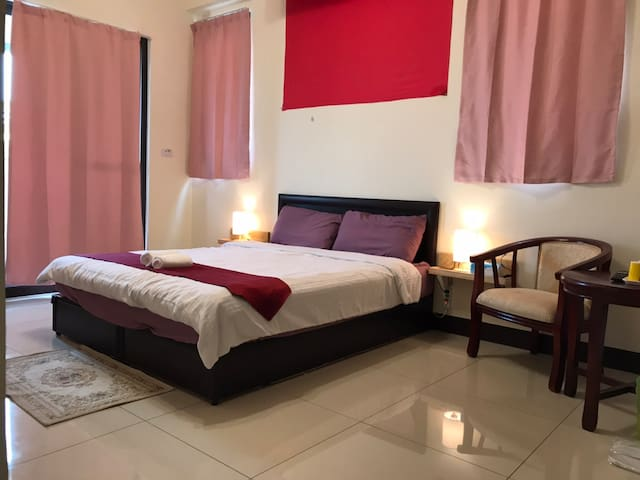 1double bed suite with bath room 57131