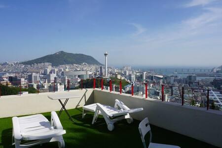 자깨 하우스 - #남포동#캠핑감성#ocean view#TwinRoom#rooftop파티