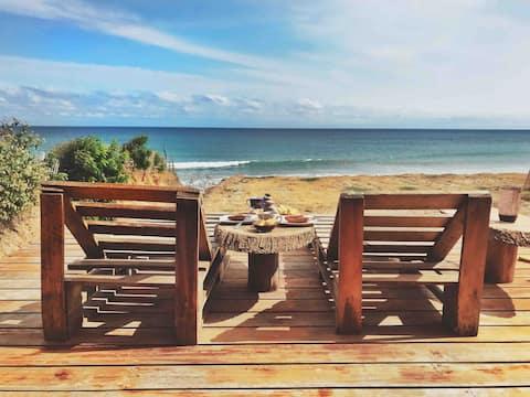 Öko-Bambusunterkunft am Strand von Santa Marianita ☆