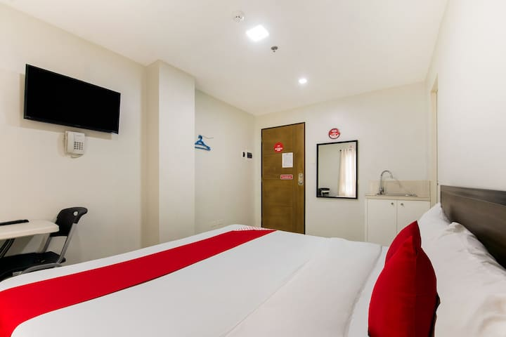 Deluxe Double Stay@Sangco Condotel