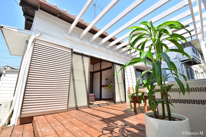 Big terrace with sofa / 居心地抜群のテラス