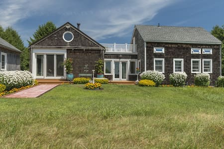 Hamptons Barn: Golf &Hamptons Film Fest Nearby - Wainscott
