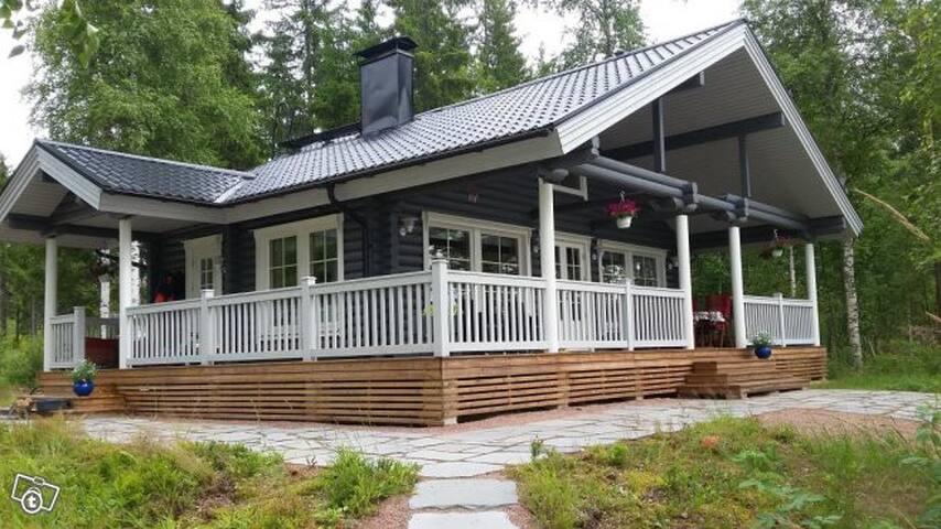 Kesähuvila Saimaalla 57 m2 + 20 m2 - Savonlinna - Villa