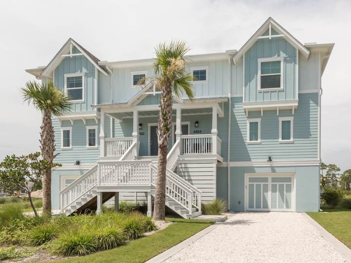 PRIVATE Beach 4 BR MULTI-FAM (3 ENSUITE) 6524