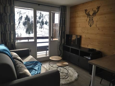 Apartment sleeps 4 at the foot of the slopes