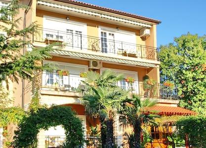 Apartment Bell A1(2+1) Selce, Riviera Crikvenica