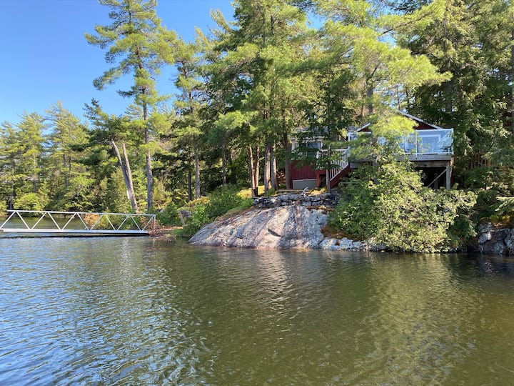 Private Island with beautifully renovated cottage
