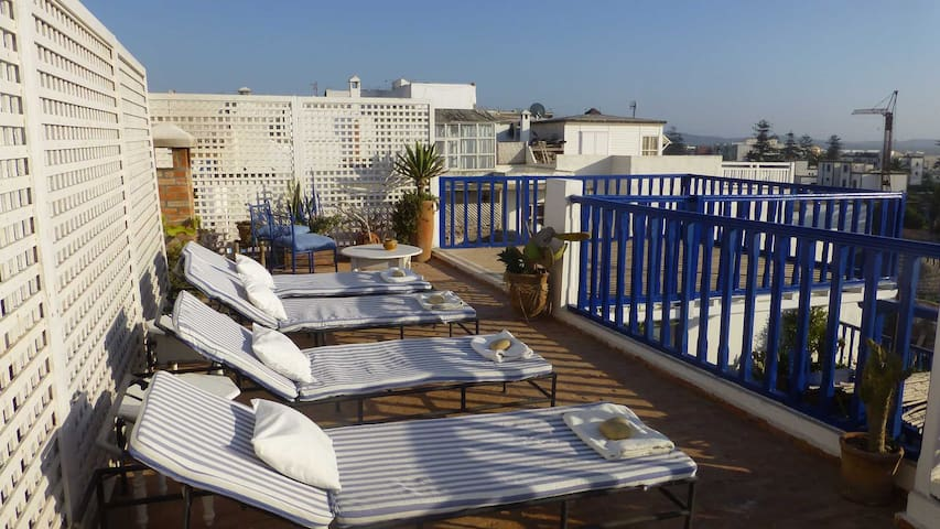 Welcome at Riad Ocean Medina - Essaouira - Bed & Breakfast