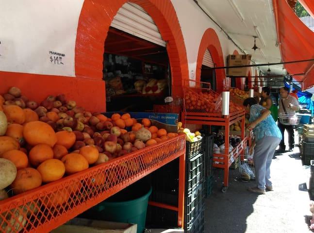 Mercado Emiliano Zapata Puerto Vallarta