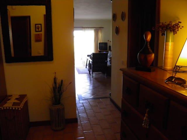 T1 inserido num condomínio - Pêra - Lägenhet