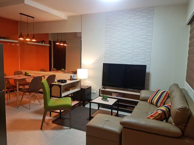 2-BR Condominium Unit NEAR Airport