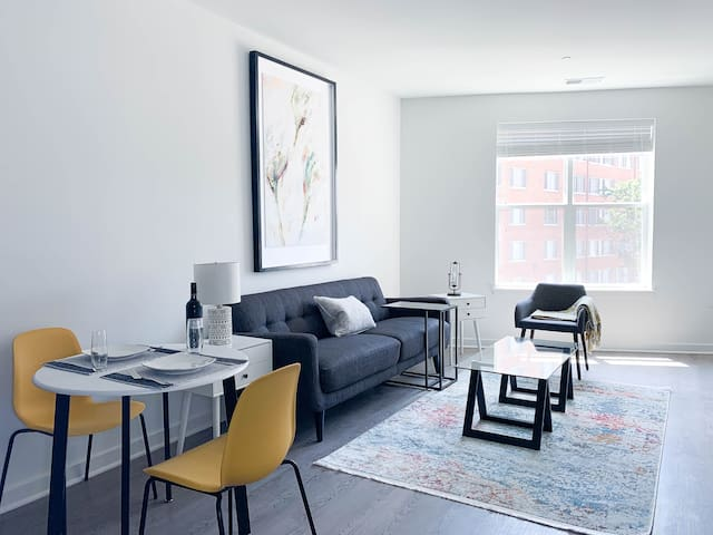 Ideal & Stunning 2BR in Arlington w Free Parking