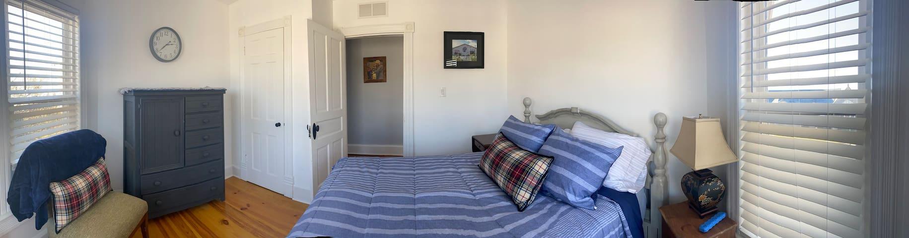 3 rd Bedroom-Full Size Bed- 2nd Floor