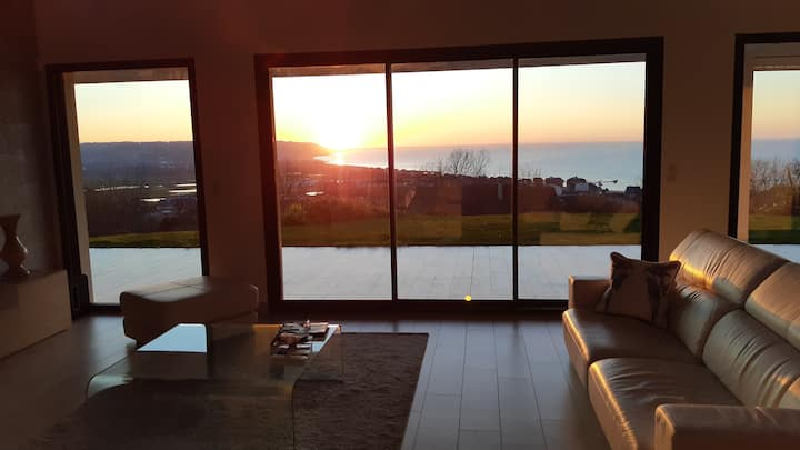 UNIQUE MODERN VILLA SEA VIEW 5 min from DEAUVILLE