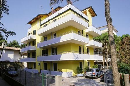 RESIDENCE SOLEMAR MONO CON TERAZZA - Apartmen
