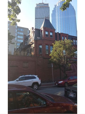 Modern&Chic 1 Bedroom Apartment Back Bay!