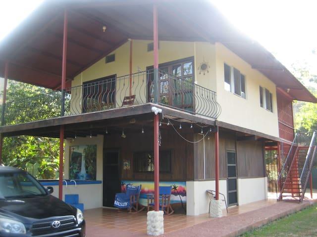 Casa Nectar entire 2 story house